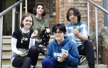 QE staff and students go green for mental health awareness week
