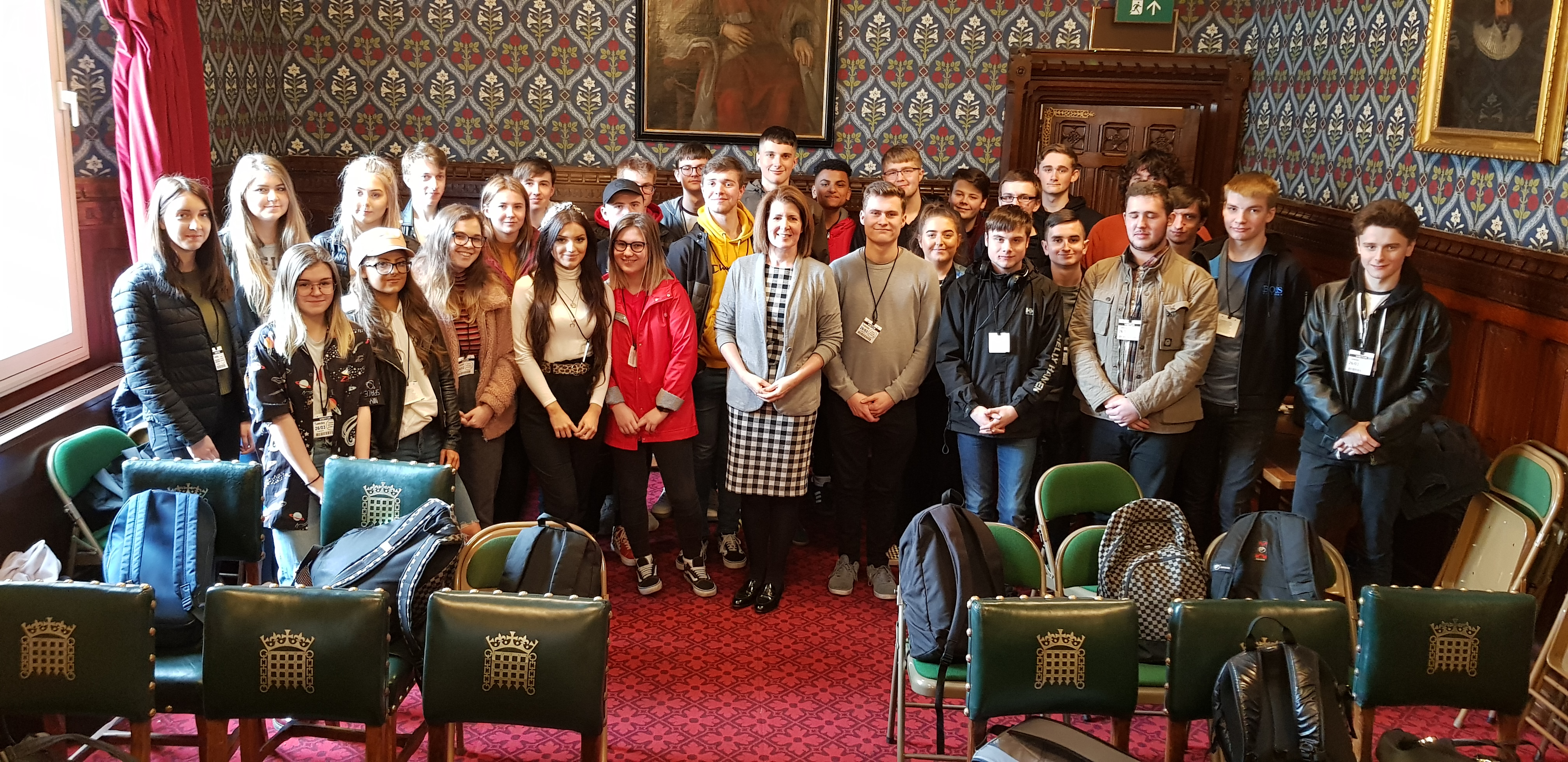 Politics students pose questions in Parliament